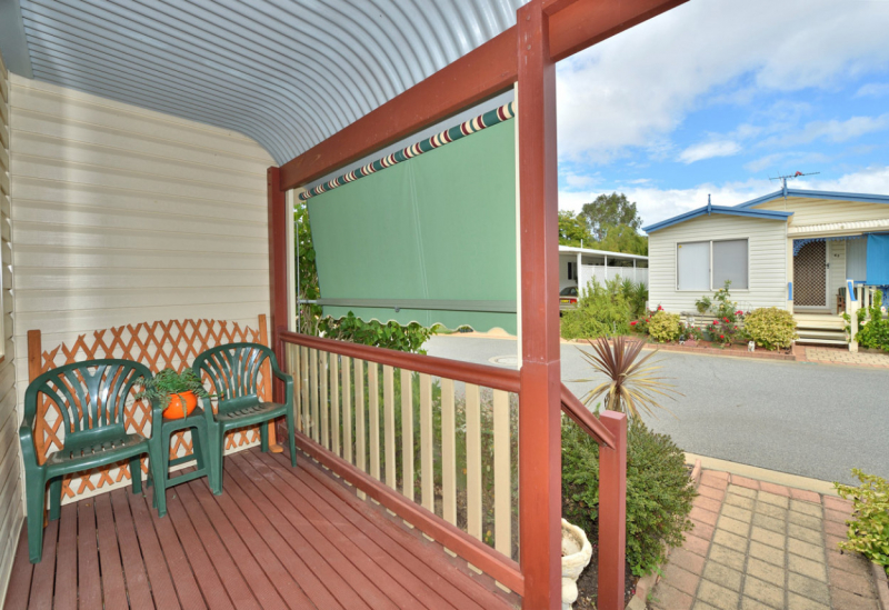 Spacious 3 Bedroom Home With Great Storage in Mandurah Gardens Estate
