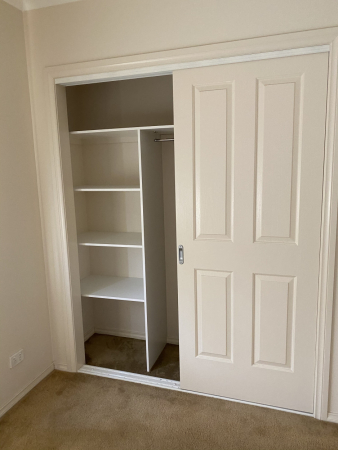 Looking for a retiree to share my 2 bedroom unit.
