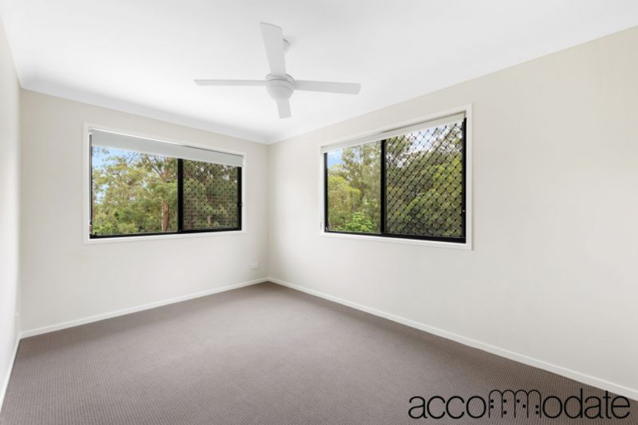 BRAND NEW 3BED TOWNHOUSE