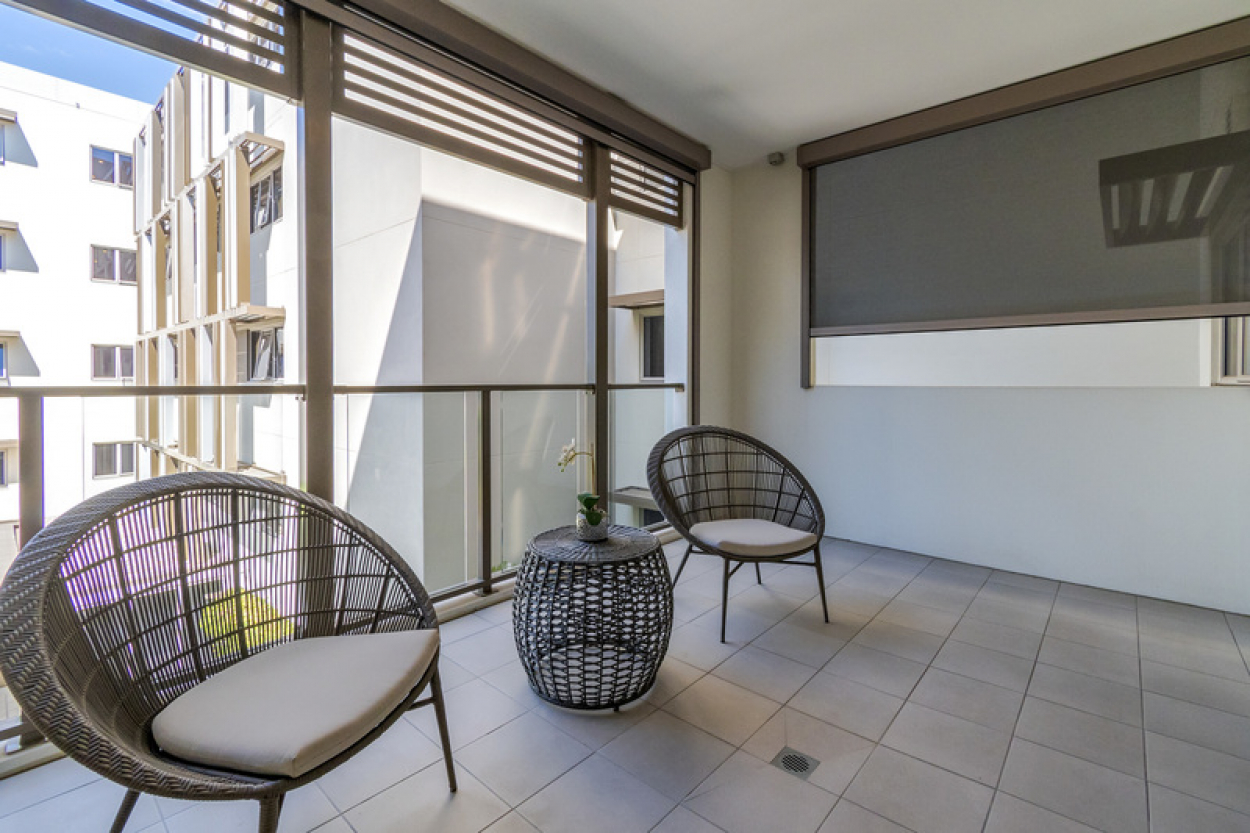 Spacious one bedroom, one bathroom apartment with a balcony