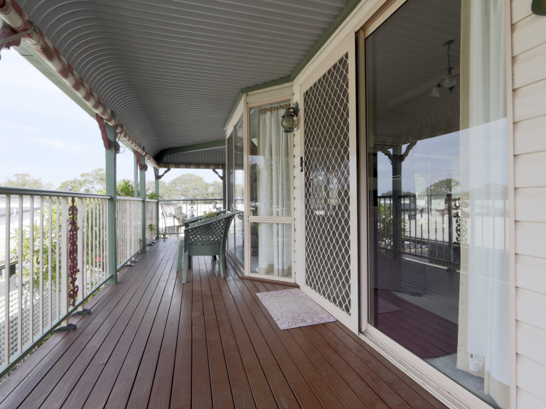 Entertainers Dream 3 bedroom Home in Bevington Shores Over 50's Lifestyle Village