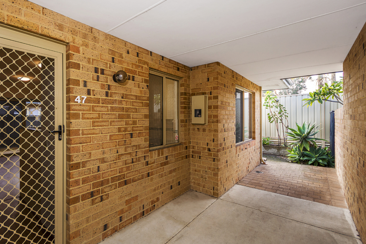 47 Lakeside Gardens - Private and peaceful home