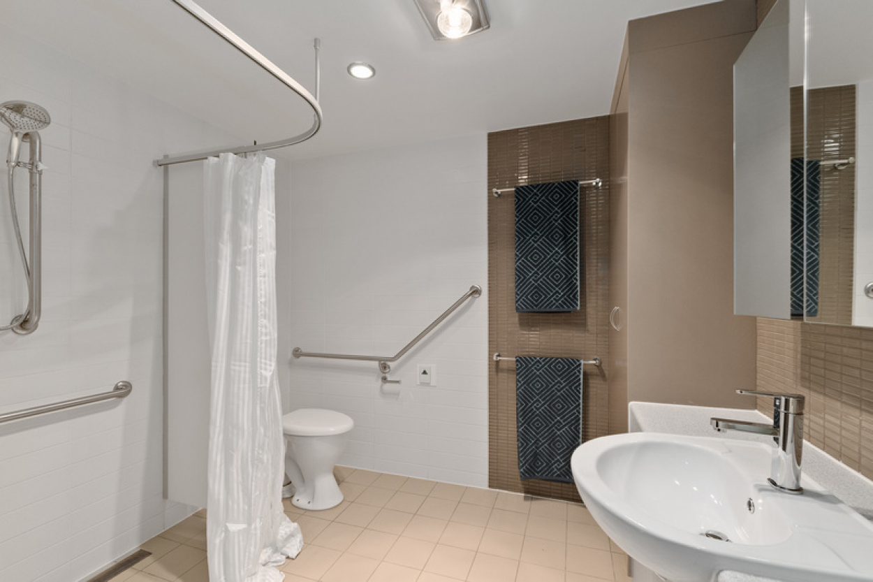 Price Reduced - Conveniently located one bedroom waterfall apartment