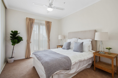 Don't lift a finger in this stylish 1 bed condo - The Lakes Estate
