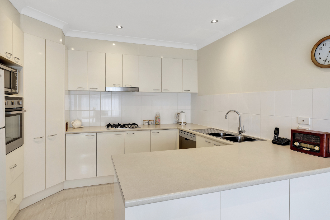 VILLA 85 - PALM LAKE RESORT TRUGANINA Villa 85/ 9 Taronga Rd - Truganina 3029 Retirement Property for Sale