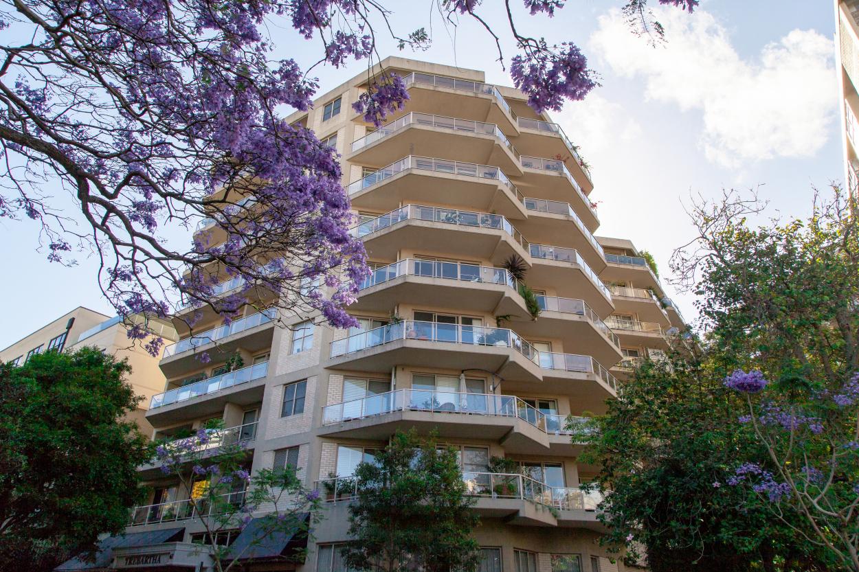 Cosmopolitan Living at Ardency Trebartha 61-69  Roslyn Gardens - Elizabeth Bay 2011 Retirement Property for Sale