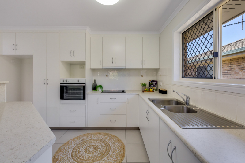 Carlyle Gardens Mackay - Two bedroom home with massive patio!