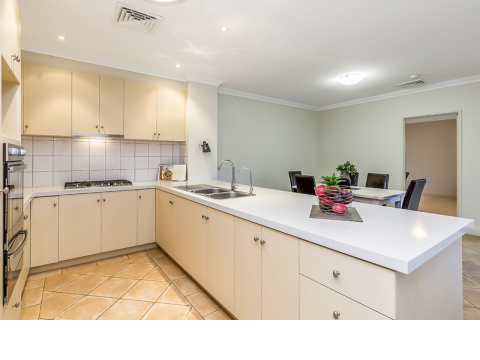 Light filled three bedroom home with stunning spacious kitchen boasting stainless steel appliances and granite benchtops.