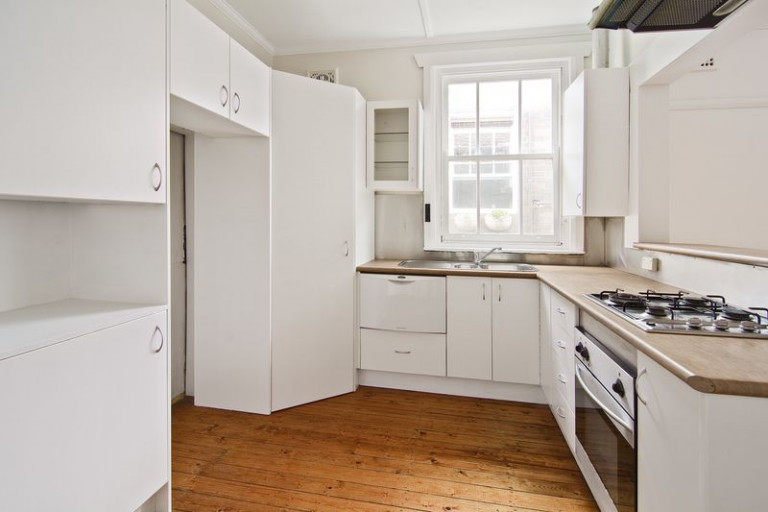 Charming Two Bedroom Apartment