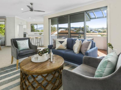 Fully refurbished with views overlooking Mt Cootha