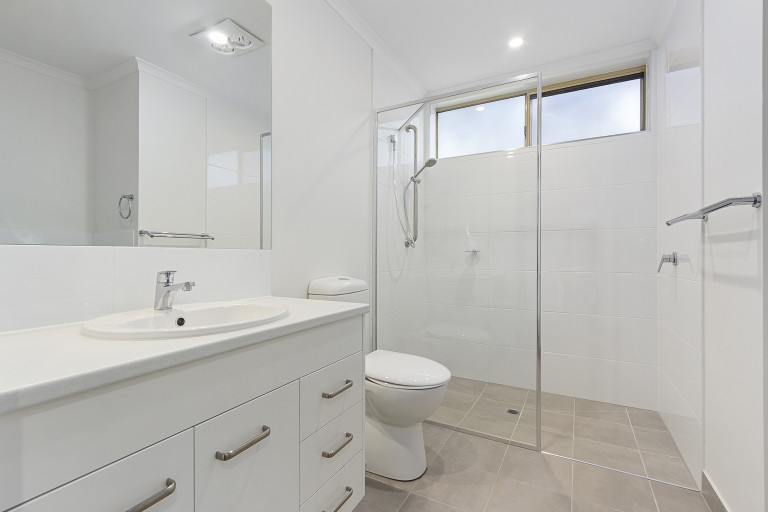 Spacious living in tranquil surroundings - Templestowe Village