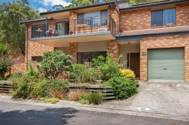 Well presented home with loads of features and flexible layout
