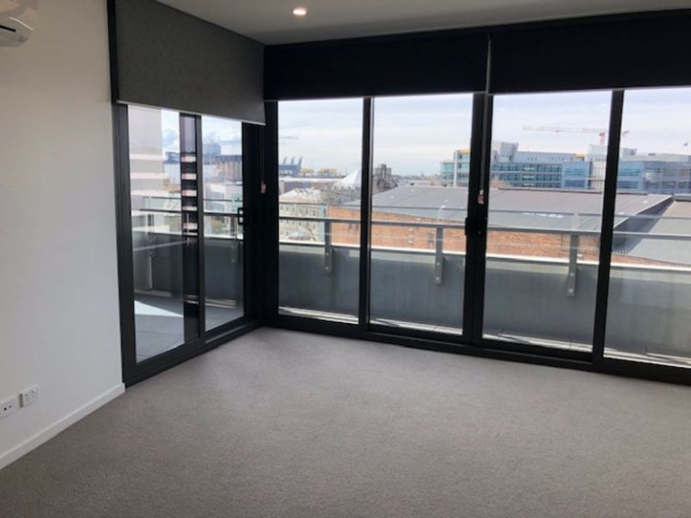 NEW 1 BEDROOM APARTMENT IN STUNNING VERVE