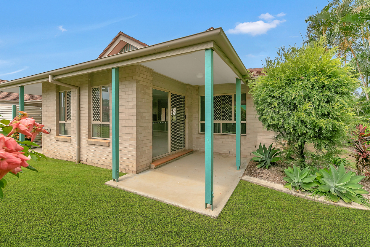 Feel At Home In Your 2 Bedroom 1 Bath Villa At Salford Waters Retirement Village 153/9 Salford Street - Victoria Point 4165 Retirement Property for Sale