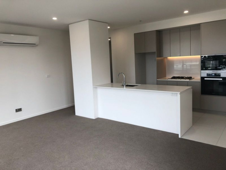 BRAND NEW NORTH EAST CITY APARTMENT