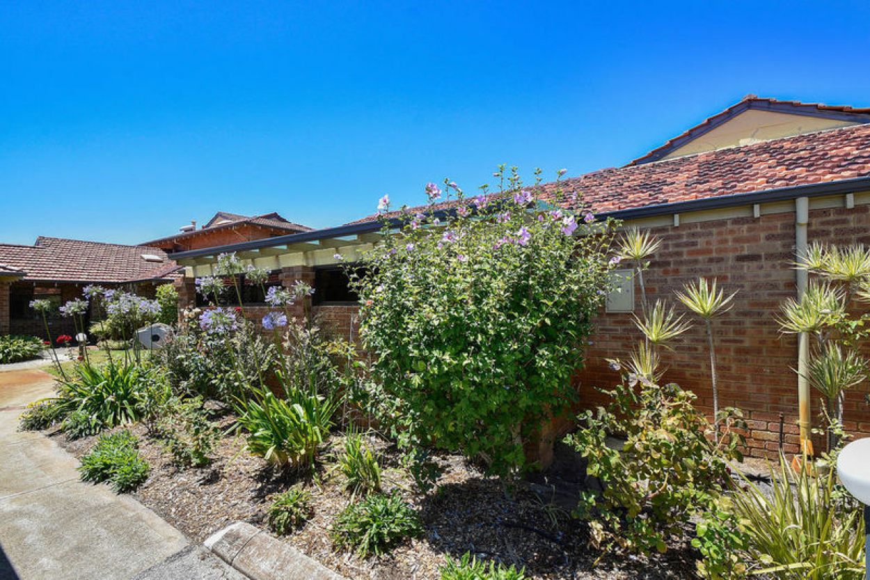 Tucked away in the popular Talbot Way location of this vibrant village