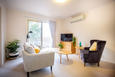 Spacious Serviced Apartment - Great Community - Lovely Village