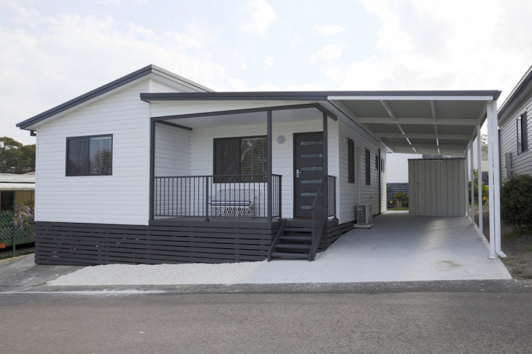 Pre Christmas SALE Price! New 2 Bedroom Manufactured Home in Bevington Shores - PRE CHRISTMAS SALE