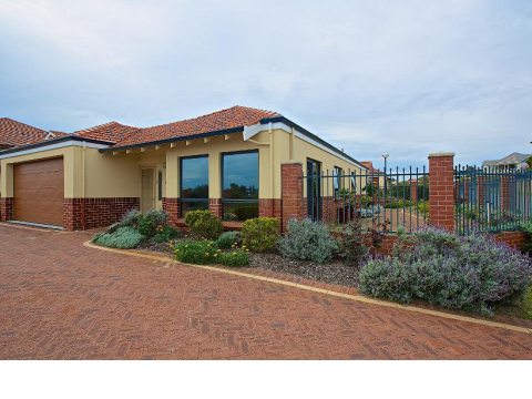 Peter Arney Village is quietly tucked away on the banks of the Canning River in a prestigious precinct next to Mt Henry Estate.