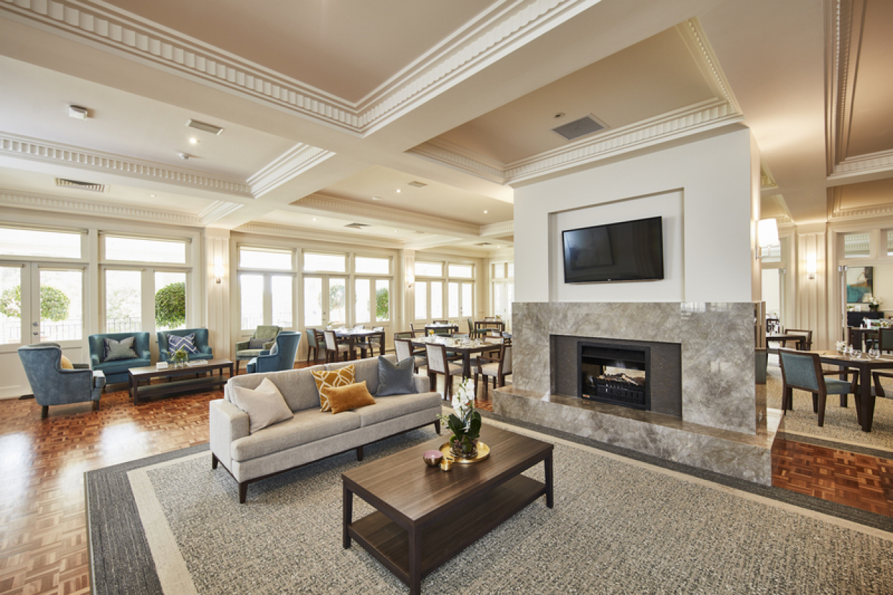 Retire to a fabulous location – this is a home to build memories!
