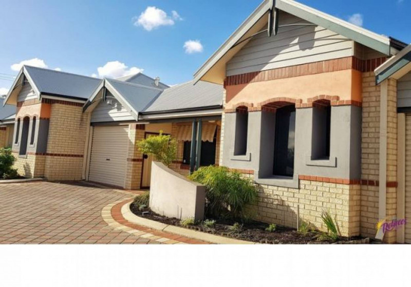 PRICED TO SELL - 2 Bedroom - Fully Refurbished