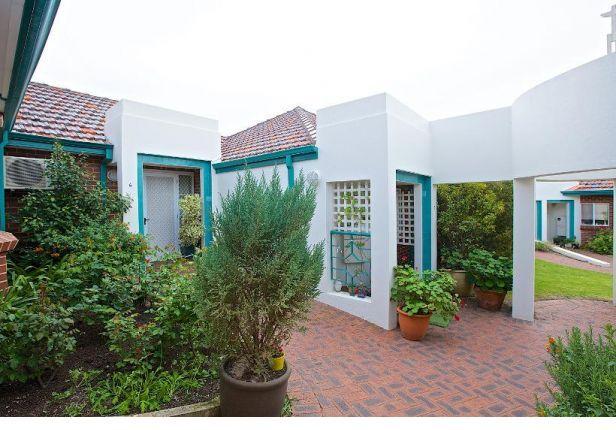 Stylish St Mary's Close Villas - 2 & 3 Bedrooms