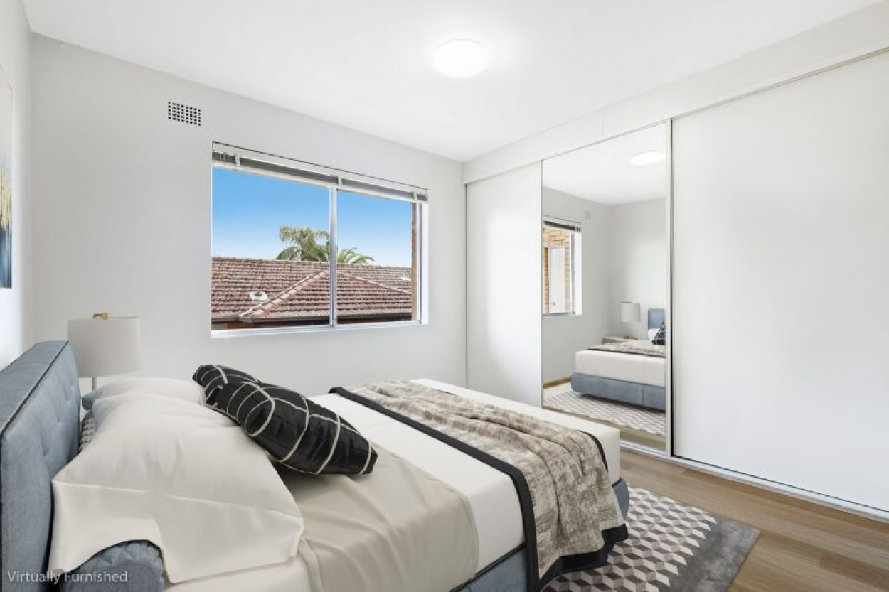 Open for Inspection Sat 26/6 from 12:00-12:15pm - RENOVATED UNIT IN PRIME LOCATION !