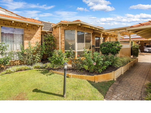 9 Victoria Estate - This very neat and tidy three-bedroom home is a credit to its previous owner and is well located