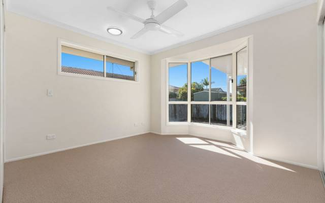 Wonderful open plan, fully upgraded home - new to market