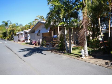 The Palms Village - Over 50's pet friendly lifestyle village