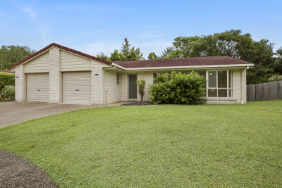 Stylish, light filled home in lovely location - Reserved
