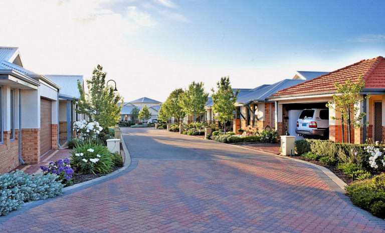 Lattitude Lakelands, Resort living for the over 55's, Mandurah
