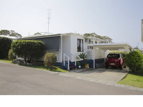 Charming Pre-Loved Mobile Home for Sale in Bevington Shores Over 50's Village