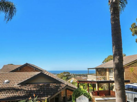 Charming 2 bedroom unit with ocean views