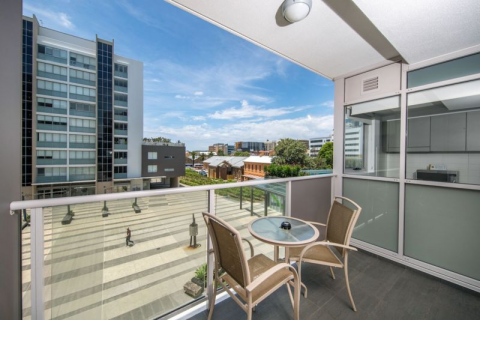 Lifestyle at your Doorstep in Newcastle's Iconic Harbour