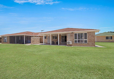 Residence 11 Three-Bedroom Carlyle Gardens Townsville
