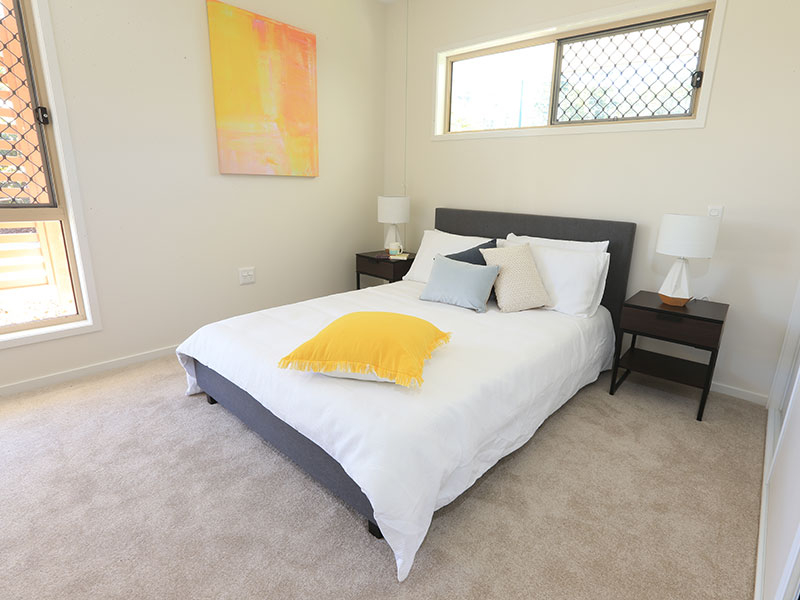 Centrally located unit surrounded by private gardens
