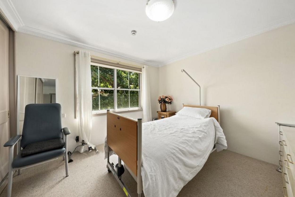 Rare larger 1 bedder with superb garden green outlook