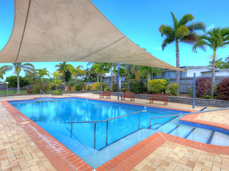 Expect to be impressed! Home 90 Carlyle Gardens Mackay
