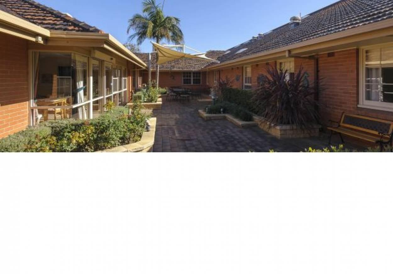 Life Care Parkrose Village - Residential Living