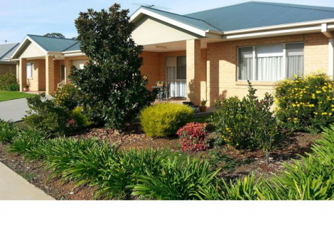 Retirement Villages & Property in Corowa, NSW 2646 for Sale