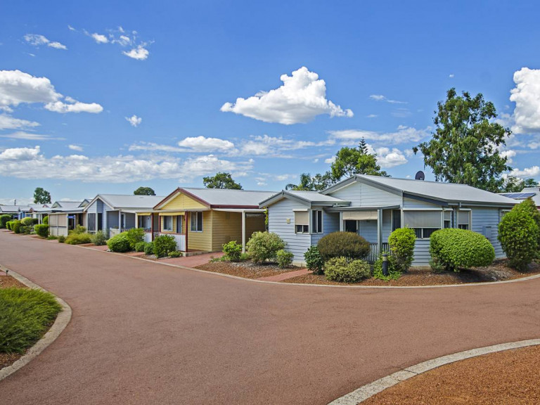 Hillview (part of the National Lifestyle Villages Group)