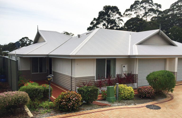 Amaroo Village - Fantastic 2 Bed 1.5 Bath Villa – Now Available!