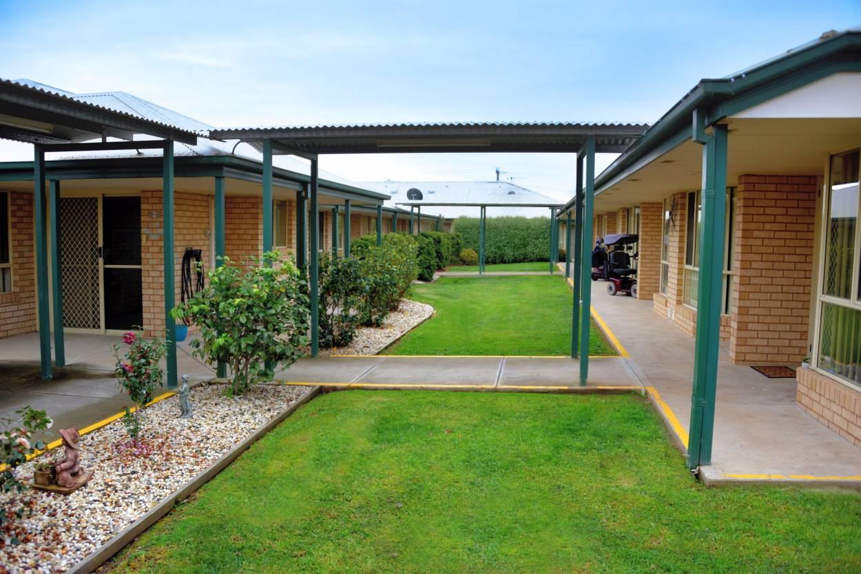 Eureka Shepparton Gardens 60 Poplar Avenue - Shepparton 3630 Retirement Property for Rental