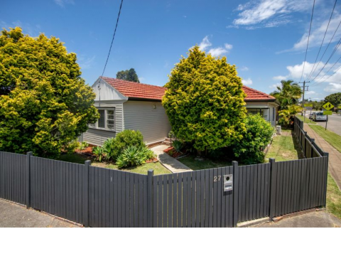 What an opportunity to purchase a quality home in the sort after suburb!