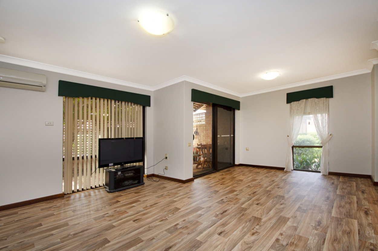 Fantastic affordable ground floor villa close to the clubhouse