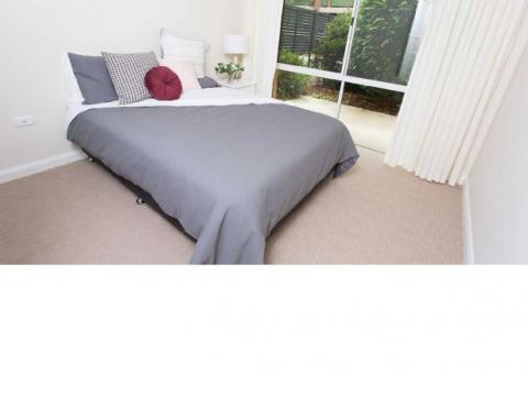 Frank Vickery Village - Fully Refurbished 1 Bedroom Apt