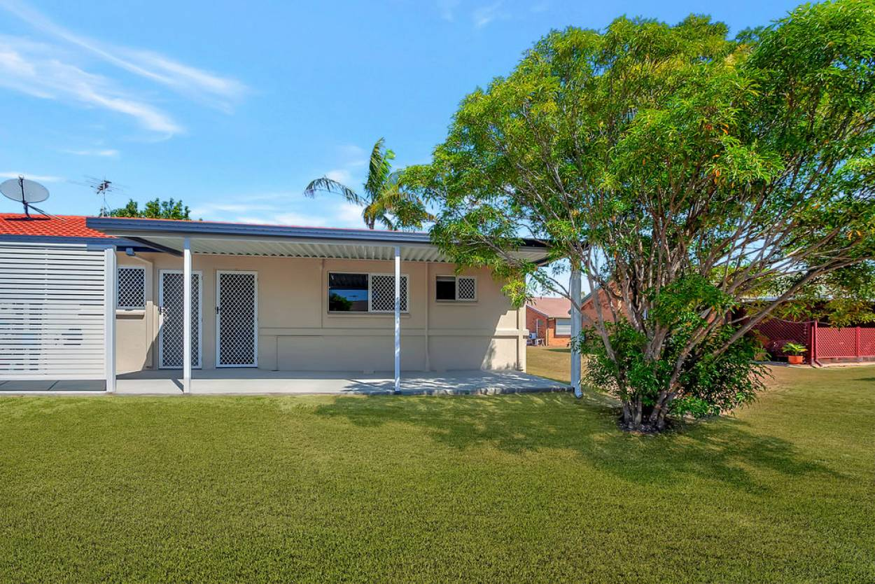Feel the sand between your toes - Rowes Bay 156 156/9 Havana Street - Rowes Bay 4810 Retirement Property for Sale