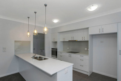 Brand new villa with stunning kitchen
