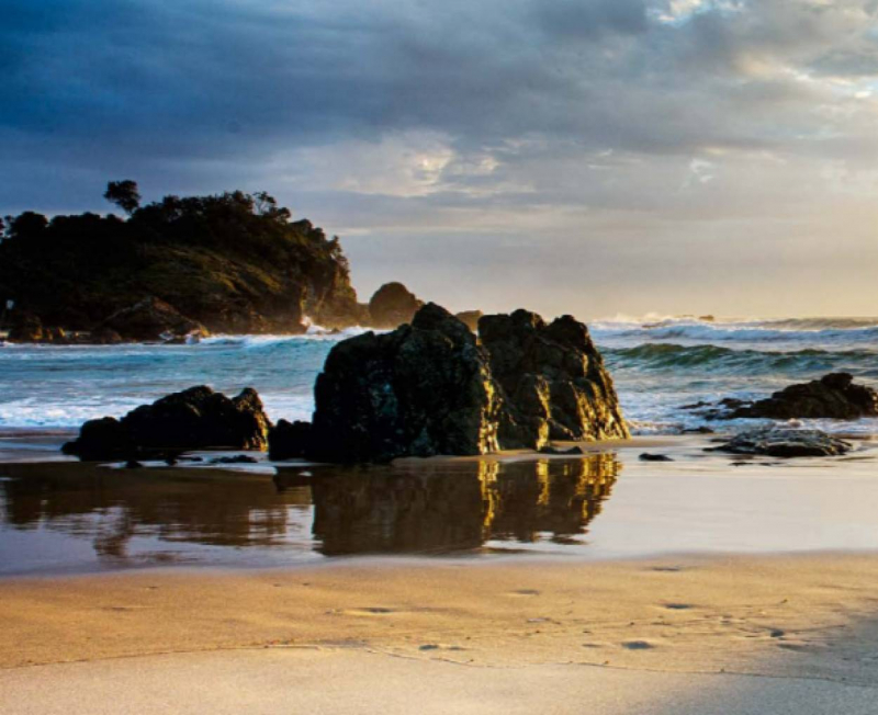 Australian Unity - Enjoy a Tropical Beach Life at The Governor's